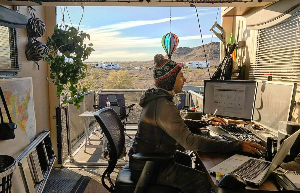 RV Mobile Workspaces: Creating a Mobile Office